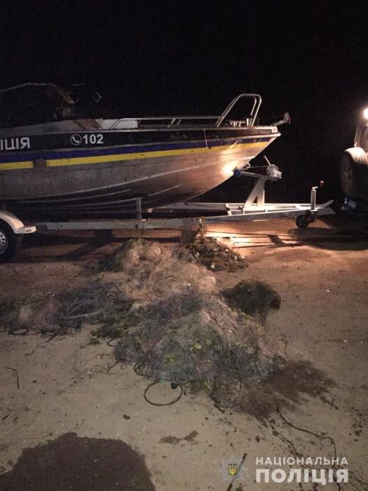 На Николаевщине обнаружили 34 раколовки и 12 рыболовных сетей, расставленные браконьерами
