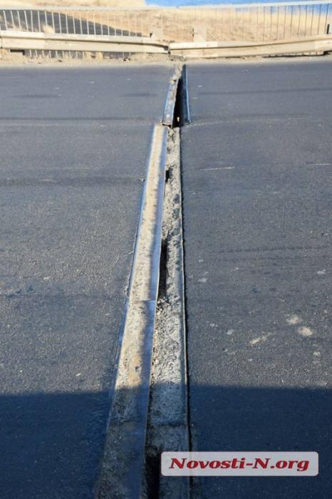 Мост через Ингул на объездной дороге также в аварийном состоянии