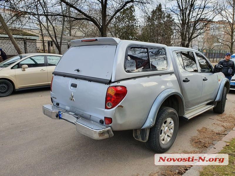 «Не заметила «красный»: в центре Николаева столкнулись «Тойота» и «Мицубиси»