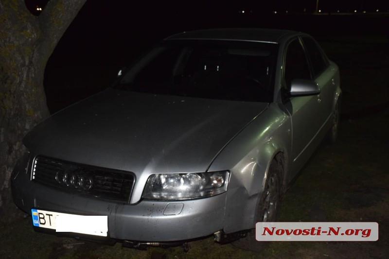 Под Николаевом полиция с погоней задержала грузинских воров, ограбивших автомобиль