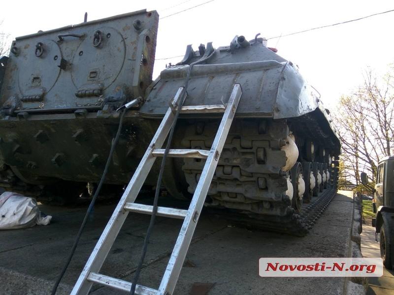 Первомайск взбудоражили слухи о демонтаже памятника освободителям города