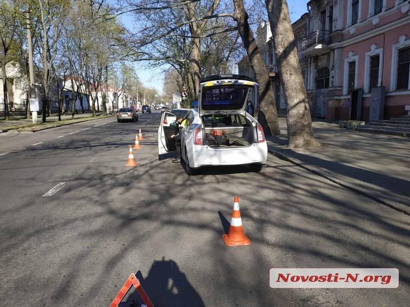 В Николаеве «Шкода» спровоцировала ДТП и скрылась