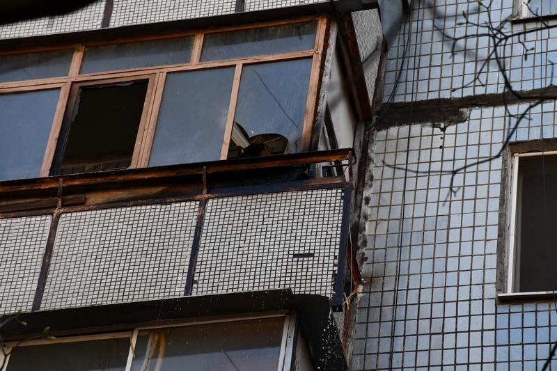 В николаевской многоэтажке загорелся балкон