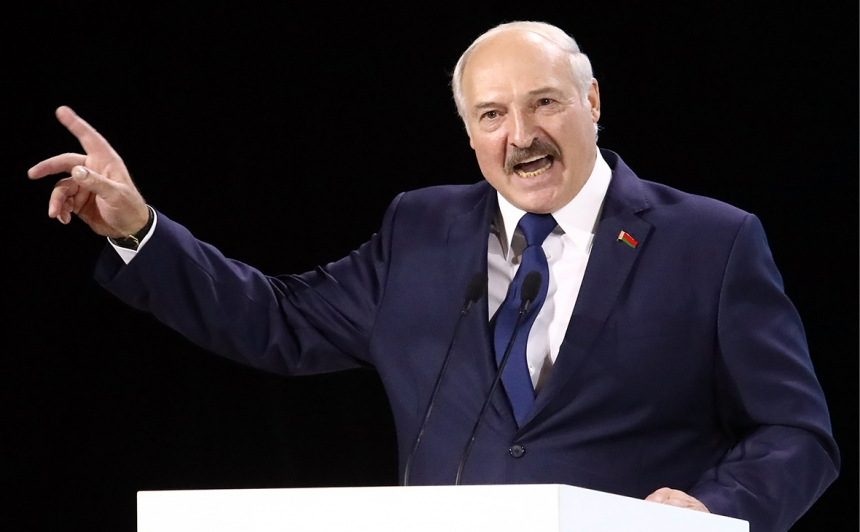 Александр Лукашенко заявил, что Беларуси по силам сдержать коронавирус