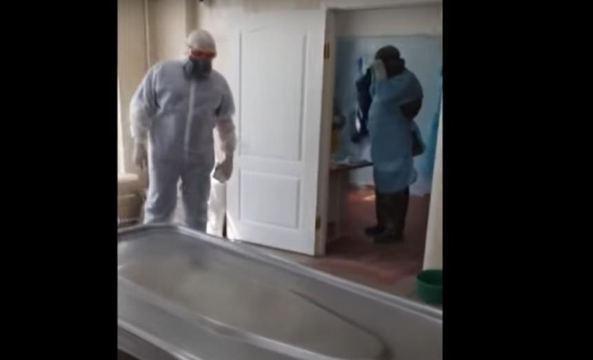 «Коронавирус есть»: главврач николаевской «инфекционки» показала подготовку к вскрытию умершего пациента