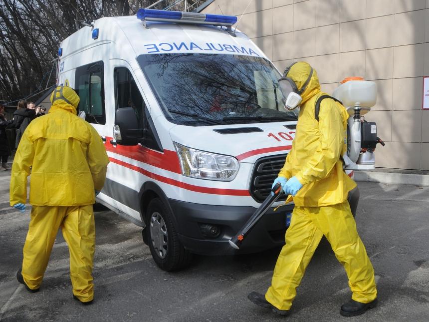 Количество инфицированных коронавирусом в Украине выросло до 12 697 человек