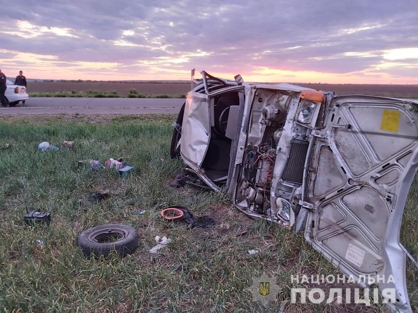На Николаевщине на трассе перевернулась «Славута»: пострадала пенсионерка