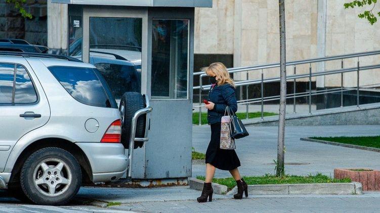 Кабмин запретил до окончания карантина публиковать статистику смертей во Львовской области