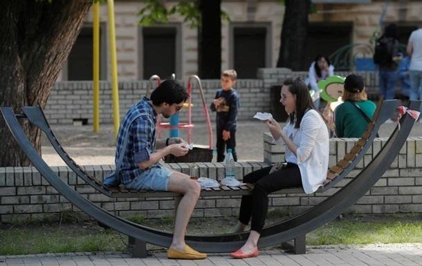Половина украинцев не знают, как заразились COVID