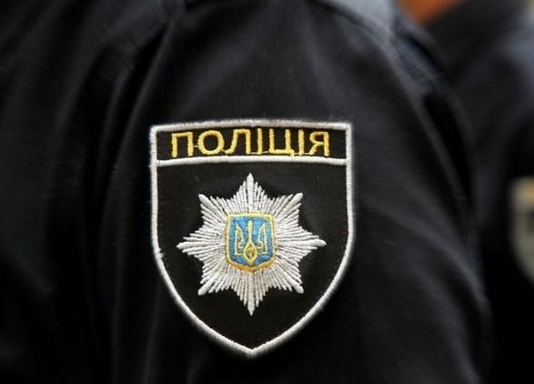 В Херсоне патрульный избил задержанного в наручниках в отделении полиции