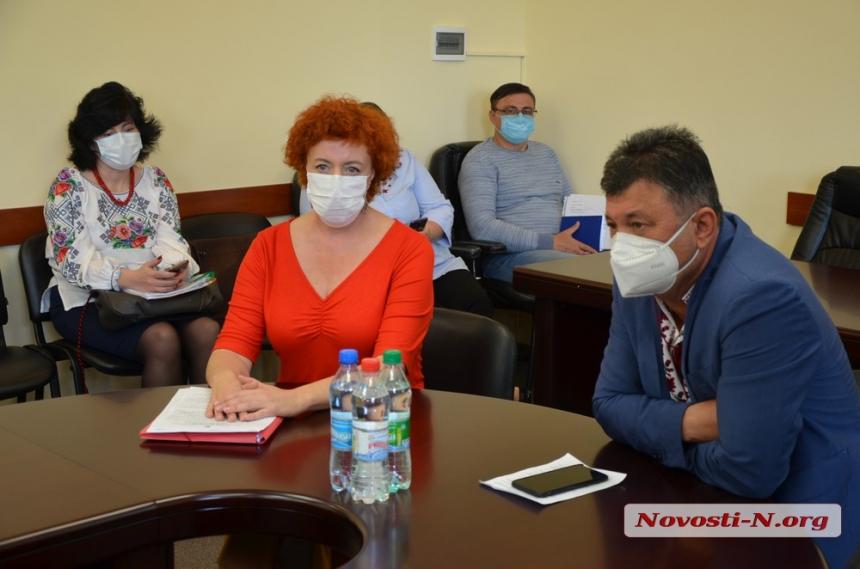 «Я готова стать на колени: заплатите зарплату!», - главный врач николаевской «инфекционки»
