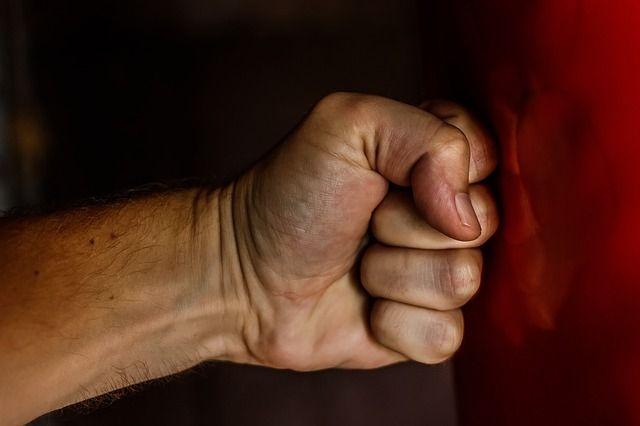 В Первомайске неизвестные до смерти забили 55-летнего мужчину