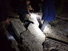 На Киевщине пропал мальчик: тело ребенка нашли под завалами здания