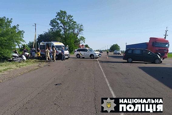 На Николаевщине столкнулись Opel и Sеат: двое пострадавших