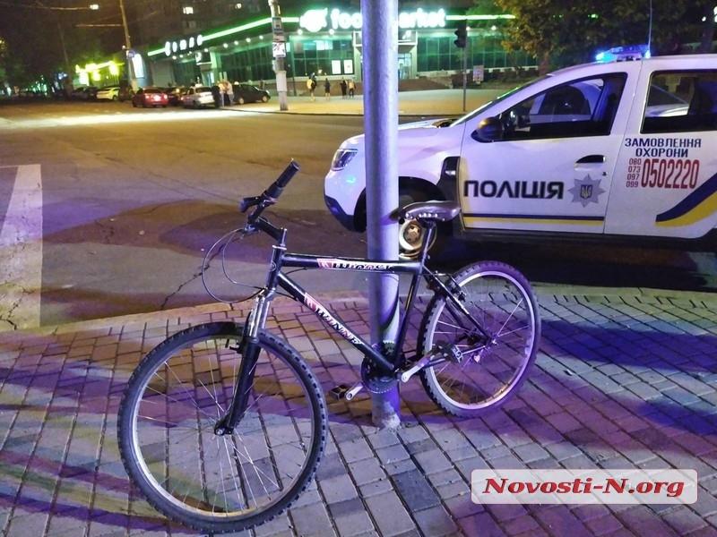 В центре Николаева «Киа» сбил велосипедиста
