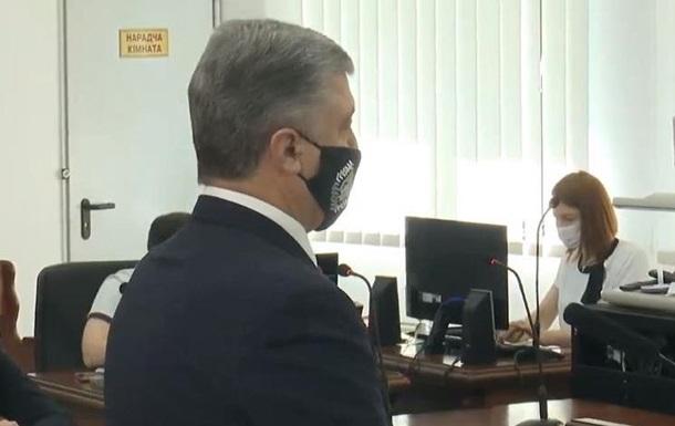Порошенко допрашивают в суде по делу о сдаче Крыма