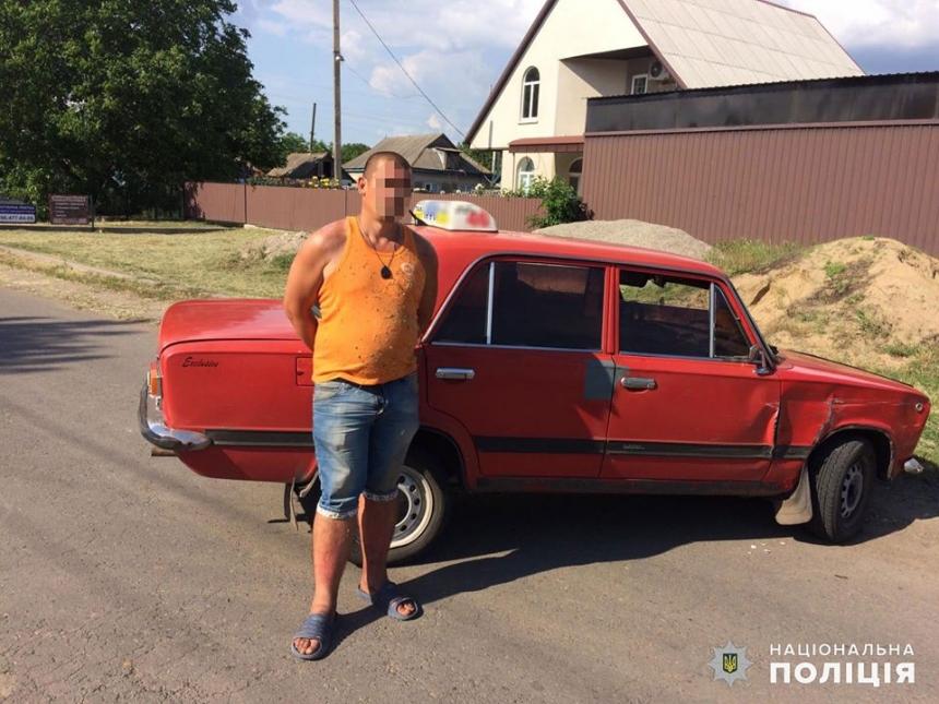 На Николаевщине полицейские с погоней задержали угонщика ВАЗа