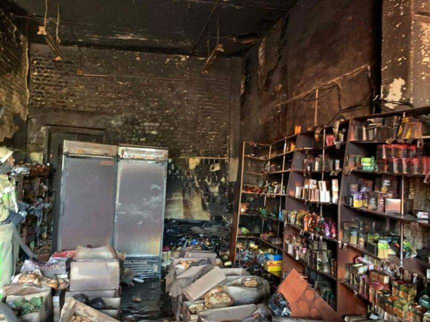 В Первомайске из-за короткого замыкания горел склад готовой продукции