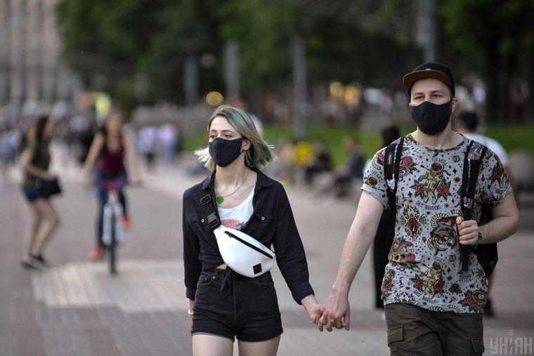 Украину с 1 августа разделят на 4 «коронавирусные» зоны: что значит каждая
