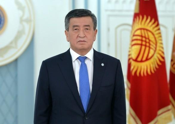 Президент Киргизии отправил вотставку руководство  ипремьера
