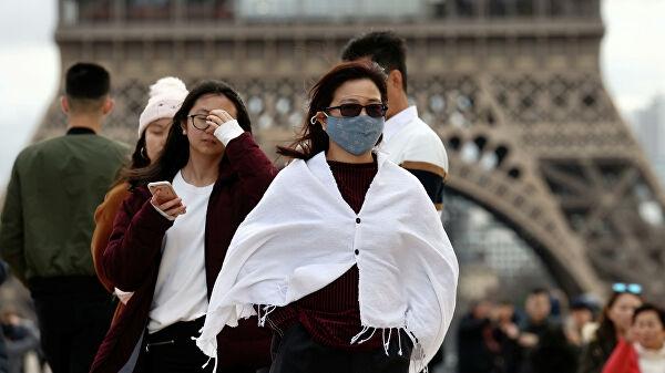 Во Франции ввели чрезвычайное положение из-за коронавируса