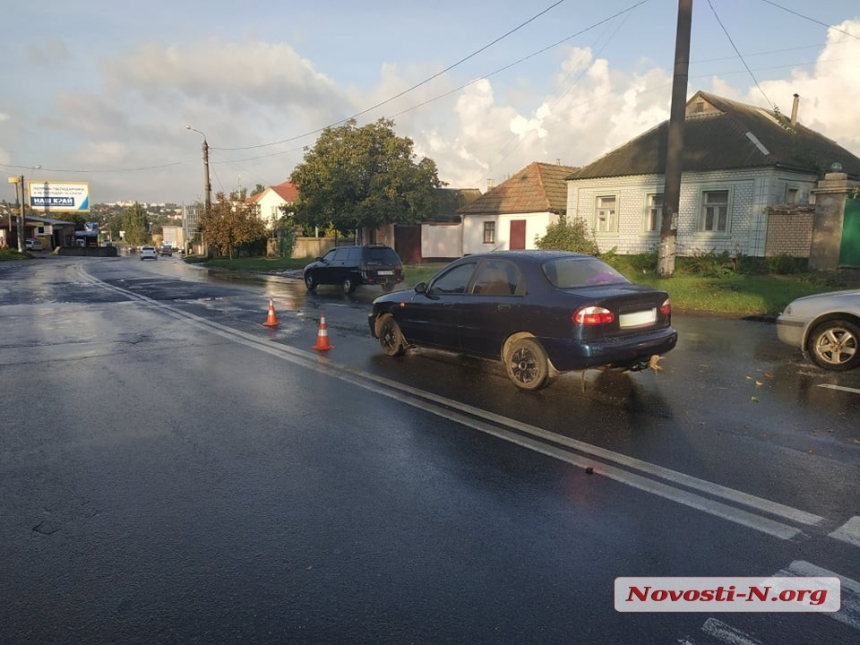 В Николаеве автомобиль «Деу» сбил пожилую женщину на пешеходном переходе