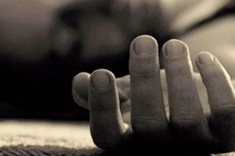 В Николаеве мужчина из-за больного сердца покончил с собой — ударил ножом в грудь