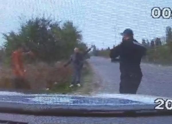В Николаеве мужчина пытался сжечь своего работодателя: в полиции охраны показали видео инцидента