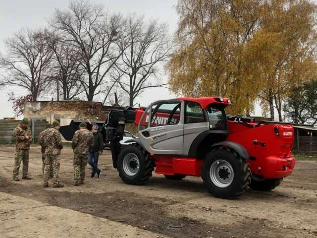 Украинские военные получили новую технику