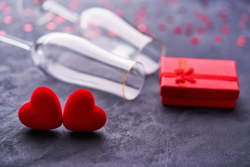 День святого Валентина: как отмечать и что дарить