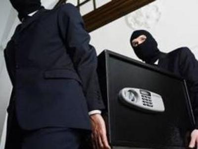В Вознесенске воры проникли в дом и вынесли сейф с крупной суммой денег