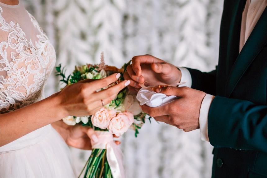 В Украине за годы независимости в три раза сократилось количество браков