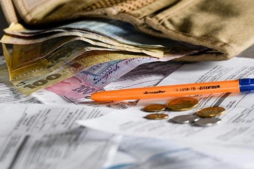 В Украине лишь каждый шестой может оплачивать счета после январского повышения - опрос