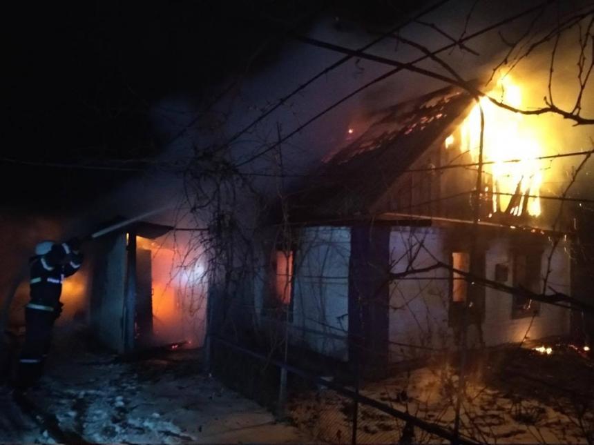 В Николаевской области при пожаре жилого дома погибла женщина