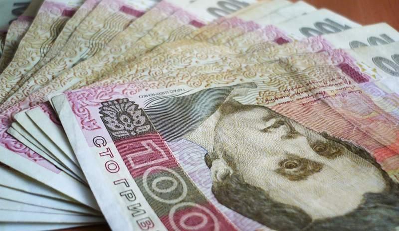 Украинцам введут «нулевую» декларацию: кому и сколько предлагают заплатить