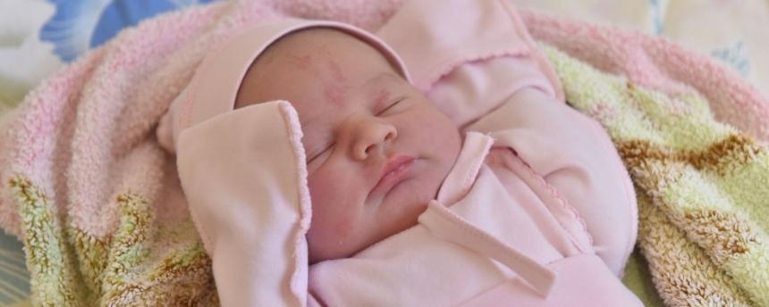 В США родился ребенок с антителами к COVID-19