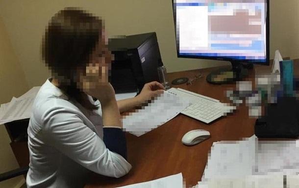 В Киеве продавали фальшивые справки с негативными результатами Covid-тестов