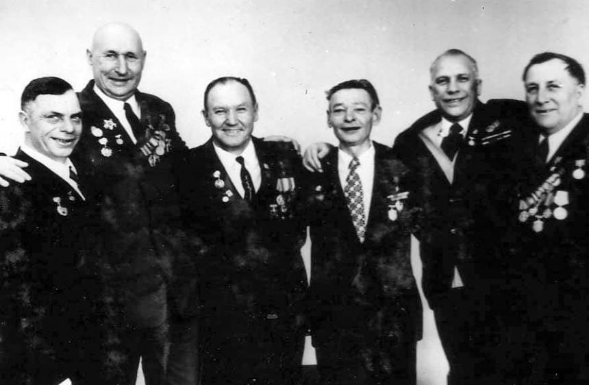 Сегодня 77 лет со дня начала десантной операции героев-ольшанцев в порту Николаева