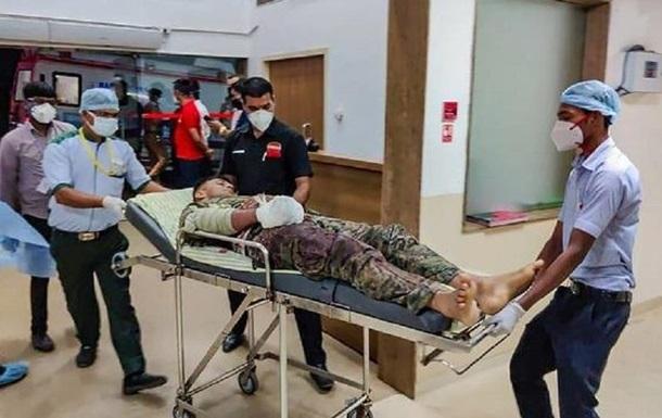 В Индии при столкновении с боевиками погибли 22 силовика