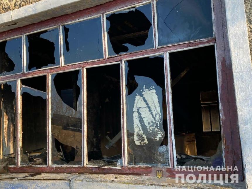 В Николаевской области горел частный дом — за поджог задержали местного жителя