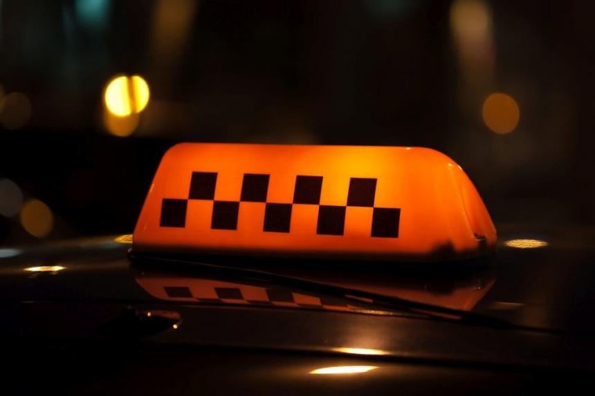 В Николаеве таксист избил пассажира, который отказался платить за проезд. ВИДЕО