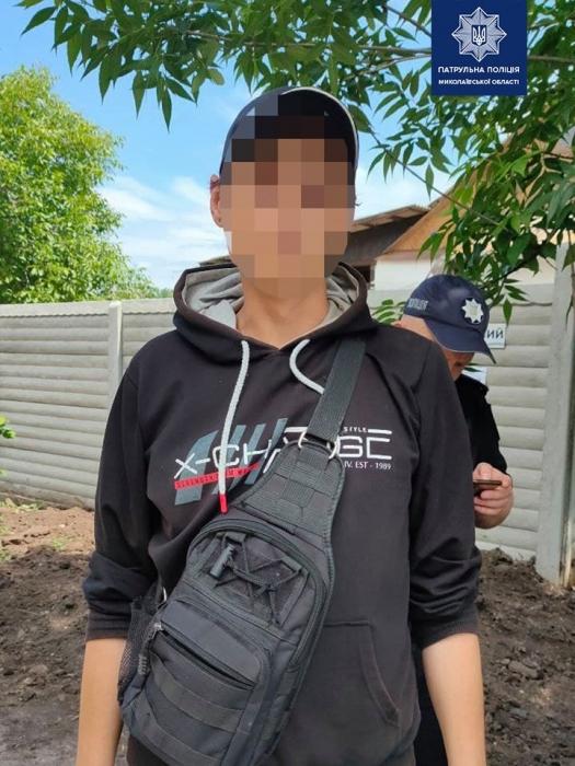 Николаевские патрульные задержали предполагаемого «закладчика»
