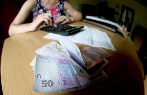 За год счета украинцев за коммуналку выросли на 60%, а тарифы понялись почти на треть