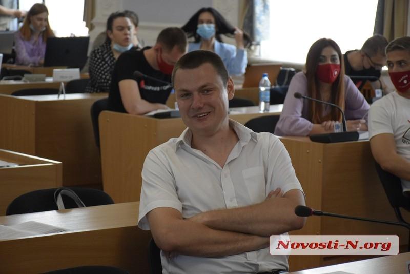 В Николаеве проводят обыски у депутата горсовета