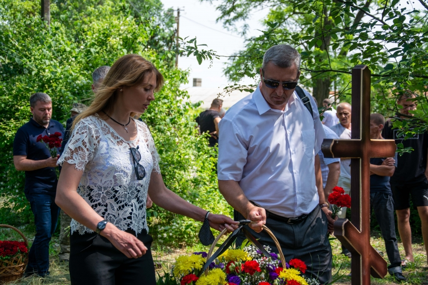 В Баштанском районе перезахоронили останки летчиков, погибших в годы Великой Отечественной войны