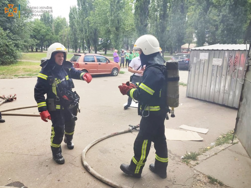 В Николаеве из-за короткого замыкания горел склад супермаркета
