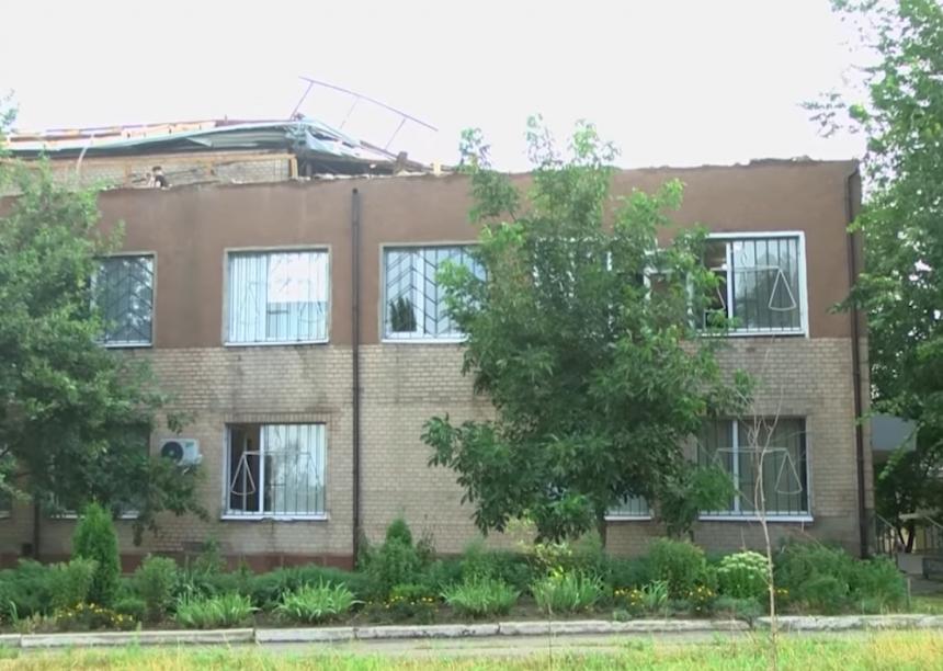 В суде Первомайска заверили: унесенные ветром из-за сорванной крыши документы «не представляют ценности»