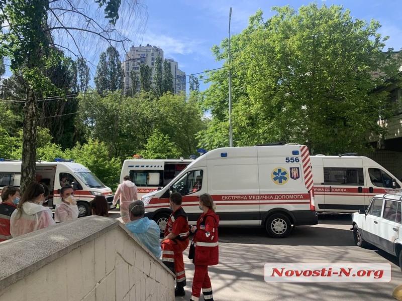 В Украине за сутки — почти 12000 новых случаев COVID-19