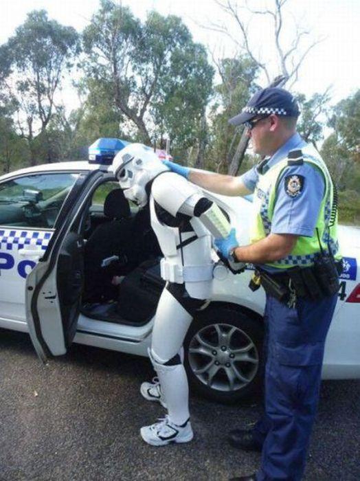 Смешная картинка с полицейским
