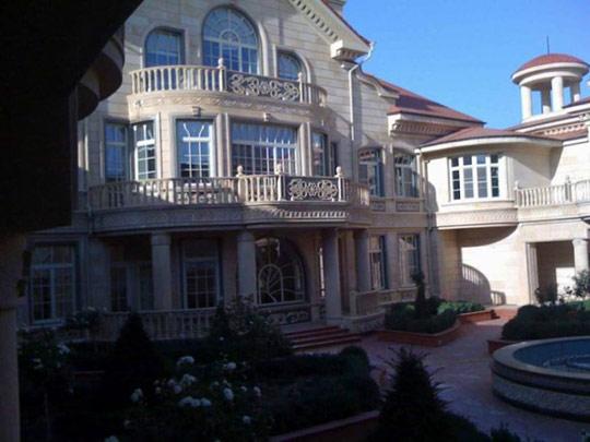смотреть фото дом кадырова